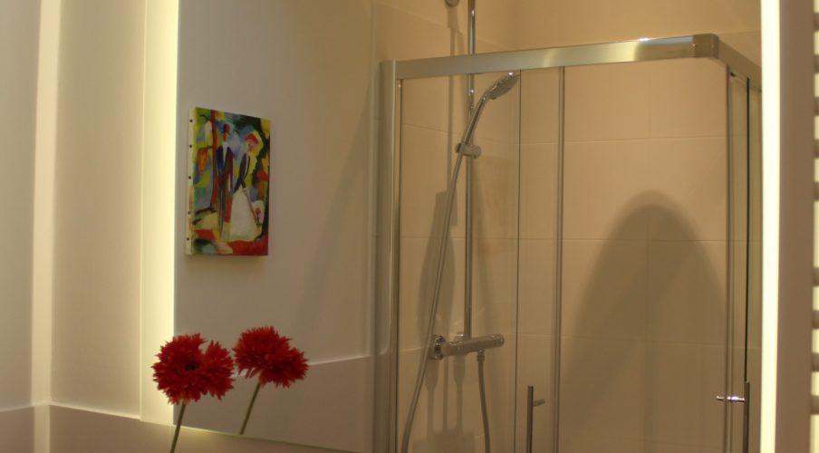 Spiegel im Bad